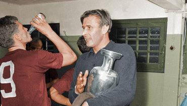 Яшин, Симонян, Бесков вцвете. Британский художник раскрасил фото сборной СССР