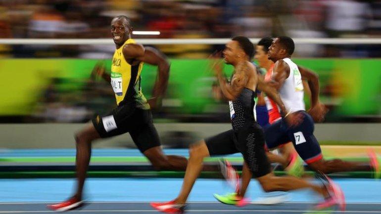 Усэйн Болт побеждает на 100-метровке на Олимпиаде-2016. Фото Reuters