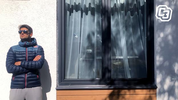 """Чемпион мира попляжному волейболу Вячеслав Красильников вновой стихии. Фото Дарья Исаева, """"СЭ"""""""