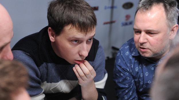 Кирилл Бурдаков (слева) иОлег Шамонаев вовремя турнира в «СЭ» Что? Где? Когда?. Фото «СЭ»