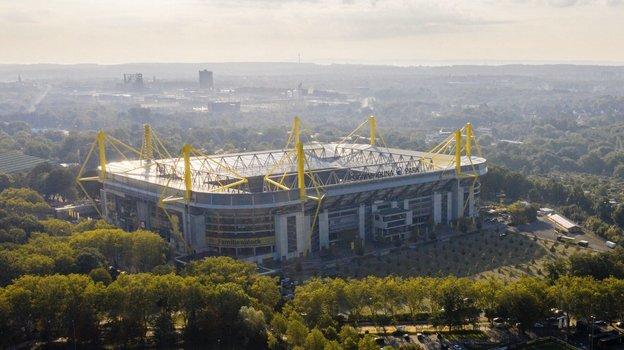 Стадион дортмундской «Боруссии». Фото twitter.com/BVB