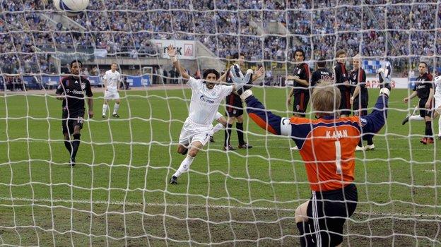 1мая 2008 года. «Зенит»— «Бавария»— 4:0. Алехандро Домингес празднует гол. Фото AFP