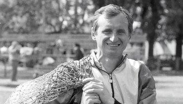 «ВТарасовку приезжал наотцовском «Запорожце» для инвалидов». Рассказы культового спартаковца Юрия Гаврилова, которому сегодня— 67