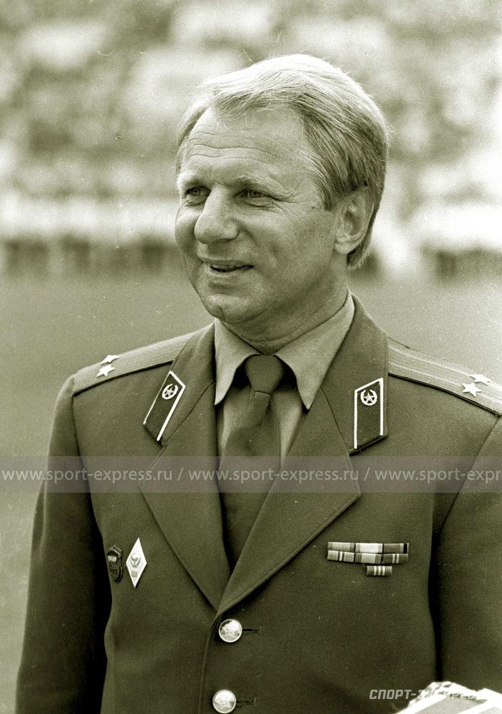 Тренер Юрий Моисеев.