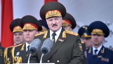 «Мыпросто немогли иначе». Лукашенко ответил противникам проведения парада Победы