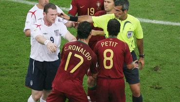 Англичане ненавидели Роналду  - в2006-м Руни удалили из-за его жалобы. Подлый поступок Криштиану