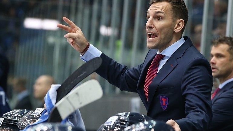 Канадский тренер договорился с «Торпедо», нотеперь отказывается работать