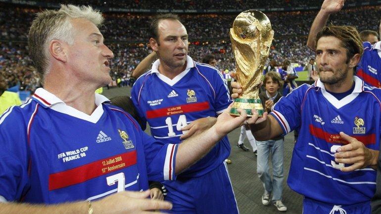 Блеклый Роналдо изаговор ФИФА. Бразилия сдала французам финал ЧМ-1998?