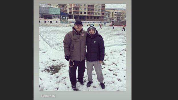 Ислам Махачев сделал репост сфотографией Абдулманапа Нурмагомедова. Фото instagram.com