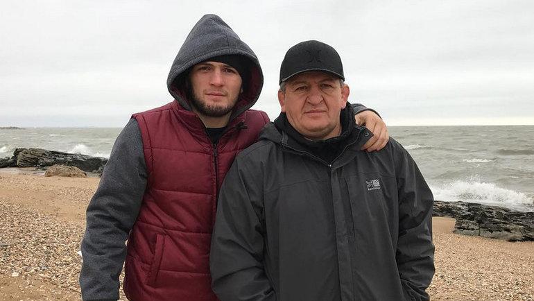 Макгрегор пообещал молиться заздоровье отца своего конкурента  Хабиба Нурмагомедова