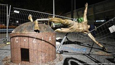 Статую Ибрагимовича могут убрать отстадиона вдругой район Мальме