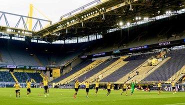 «Свет вконце туннеля увидим будущим летом». Вице-президент ФИФА опереходе насхему «весна-осень», возобновлении бундеслиги ивакцинации