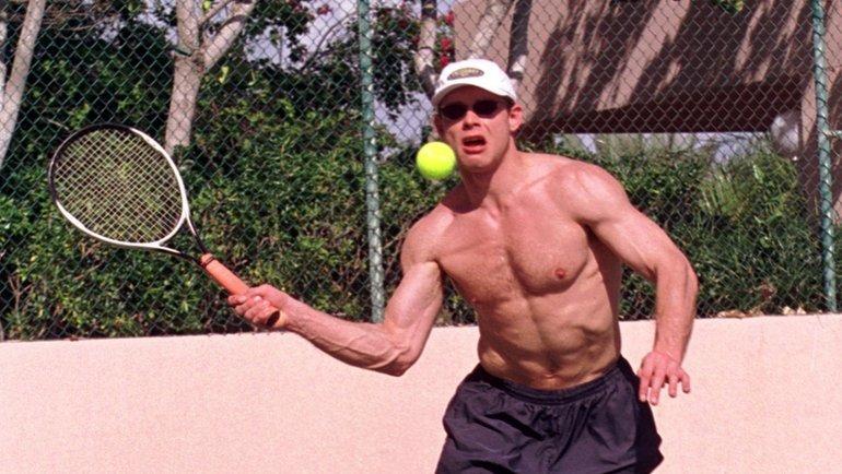 24декабря 1999 года. Майами. Великолепная спортивная форма Павла Буре. Фото Александр Вильф, -