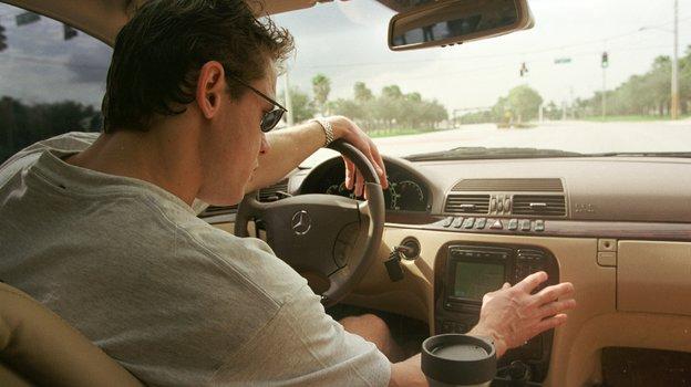 24декабря 1999 года. Майами. Павел Буре вавтомобиле. Фото Александр Вильф, -