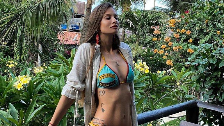 Жена футболиста «Краснодара» Ари сногсшибательно красива. Она поражает своими крутыми фото