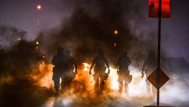 Беспорядки вМиннесоте из-за убийства афроамериканца полицейским.