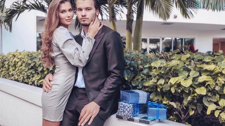 Михаил Сергачев сосвоей девушкой. Фото Instagram.