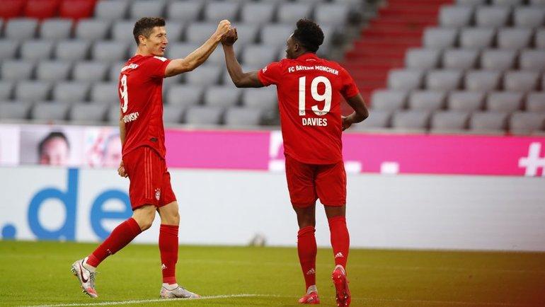 В30-м туре бундеслиги «Бавария» вгостях сыграет с «Байером». Фото twitter.com/FCBayern
