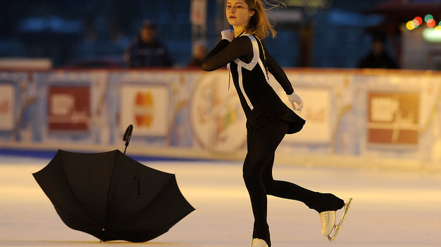 2015 год. Юлия Липницкая выступает наКрасной площади. Фото Алексей Иванов, -