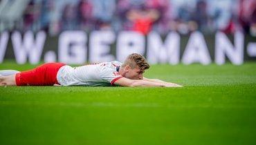 «Лейпциг» упустил победу над аутсайдером на92-й минуте. «Боруссия» осталась второй