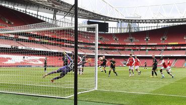«Арсенал» разгромил «Чарльтон» втоварищеском матче на «Эмирейтс», Нкетиа сделал хет-трик