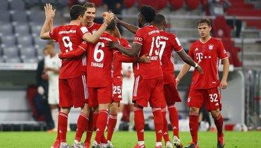 «Бавария» победила франкфуртский «Айнтрахт» ивышла вфинал Кубка Германии