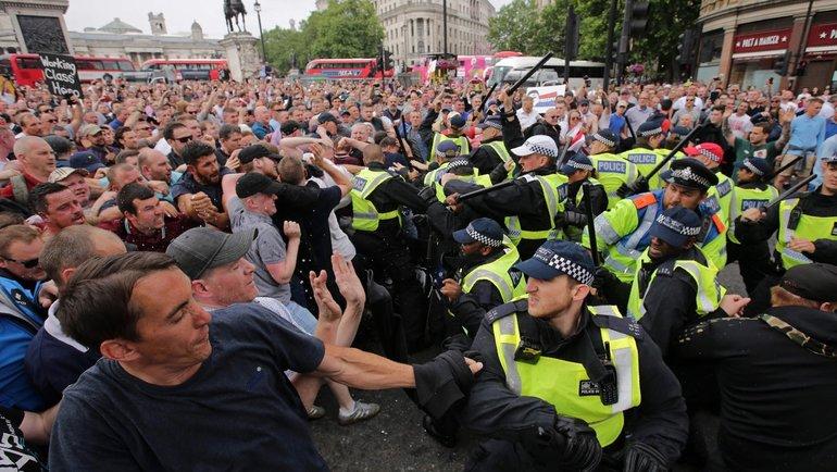 Протесты вЛондоне. Фото AFP