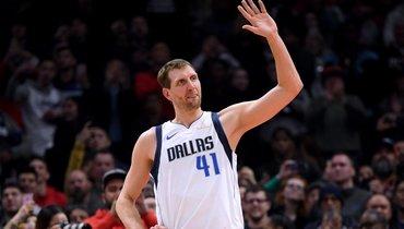 Лучший снайпер вистории НБА среди европейцев исреди белых баскетболистов. Дирку Новицки— 42