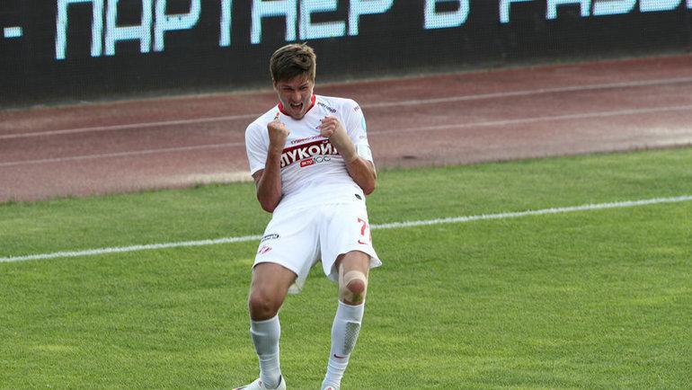 Александр Соболев празднует забитый мяч вворота «Арсенала» (3:2). Фото Дарья Исаева, «СЭ» / Canon EOS-1D X Mark II0