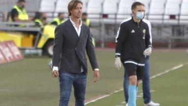 Marca: Гути уволен споста главного тренера «Альмерии»
