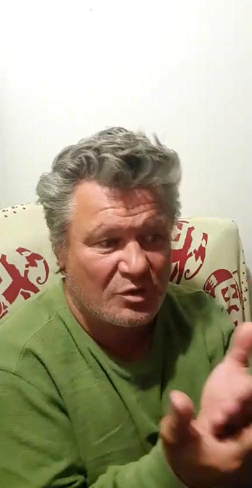 Олег Тактаров общается сподписчикам. Фото Instagram