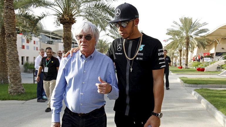 Берни Экклстоун ичемпион «Формулы-1» Льюис Хэмилтон. Фото Reuters