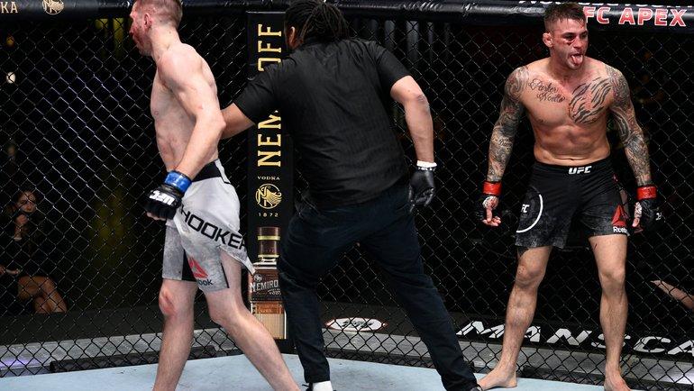 28июня. Лас-Вегас. Дэн Хукер против Дастина Порье. Фото UFC0