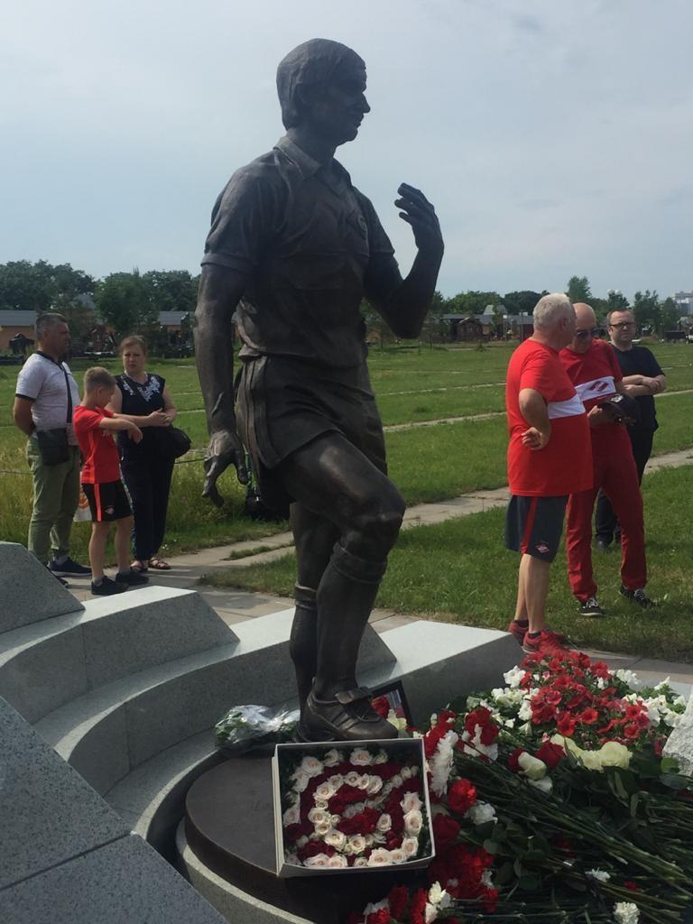 Памятник Федору Черенкову наТроекуровском кладбище. Фото Игорь Рабинер