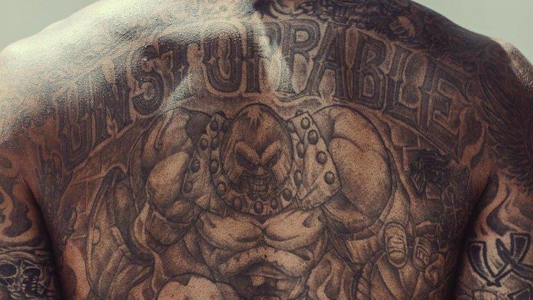 Татуировки Уилсона Чэндлера. Фото Instagram.
