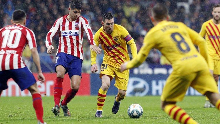 «Атлетико» насвоем поле примет «Барселону» вматче лалиги.