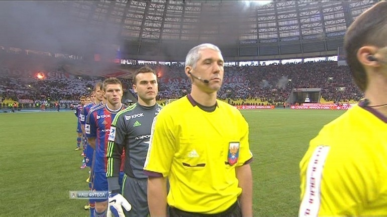 Помощник судьи Николай Еремин.