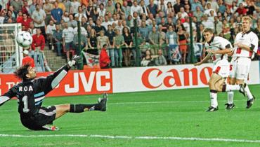 Супергол мегаталанта изАнглии начемпионате мира-1998