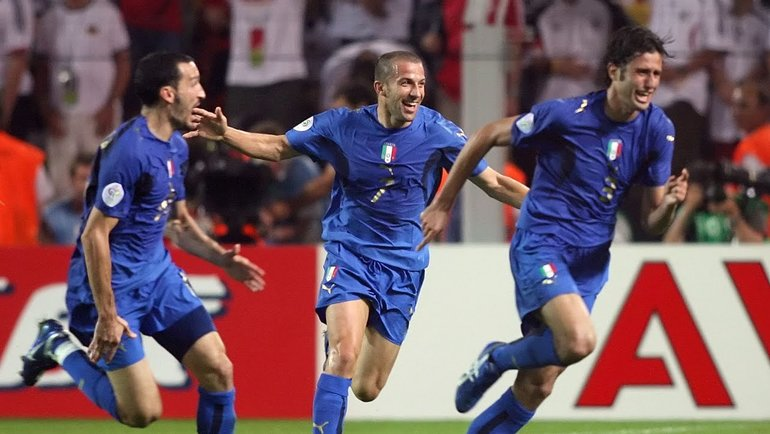 4 июля 2006. Италия празднует победу над Германией. Фото ФИФА
