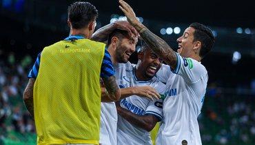 5июля. Краснодар. «Краснодар»— «Зенит»— 2:4. Радость чемпионов после четвертого гола.