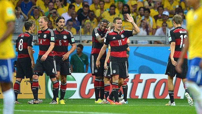 Сборная Германии празднует гол. Фото Википедия.