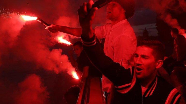 Игроки «Зенита» празднуют победу вчемпионате России. Фото ФК «Зенит»
