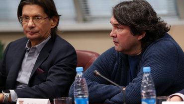 Владелец «Спартака» Леонид Федун (слева) сновым генеральным директором клуба Шамилем Газизовым.
