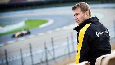 Сергей Сироткин оботказе шести гонщиков вставать наодно колено: «Искренние убеждения важнее действий накамеру»
