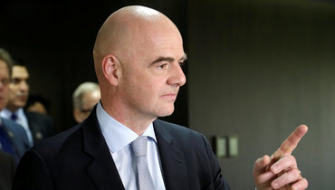 ФИФА может сохранить пять замен наследующий сезон