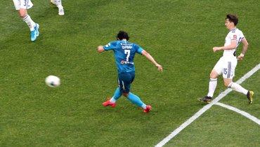 «Зенит» победил «Оренбург», Азмун оформил дубль, Дзюба забил 17-й гол вчемпионате