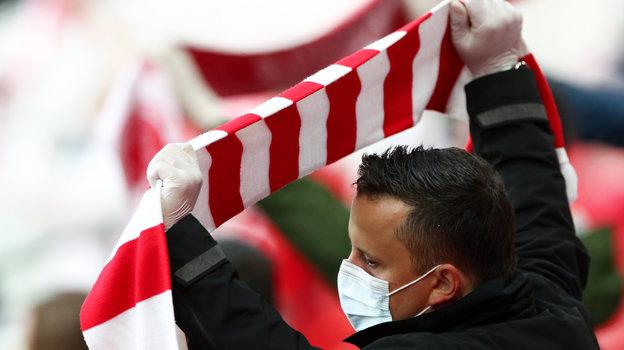 Российские клубы столкнутся спроблемами веврокубках. УЕФА выпустил медицинский протокол