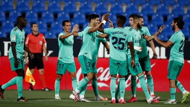 Ниодин игрок «Реала» невошел всимволическую команду заключительного тура примеры