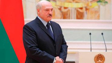 Лукашенко заявил, что перенес коронавирус бессимптомно наногах