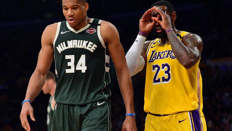 Звезды НБА Яннис Адетокумбо (слева) иЛеброн Джеймс. Фото Reuters